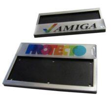 Badge en aluminium
